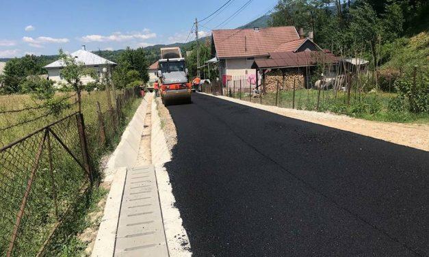 Informare de presă: Încă 15 străzi secundare din comuna Prundu Bîrgăului intră în asfaltare!