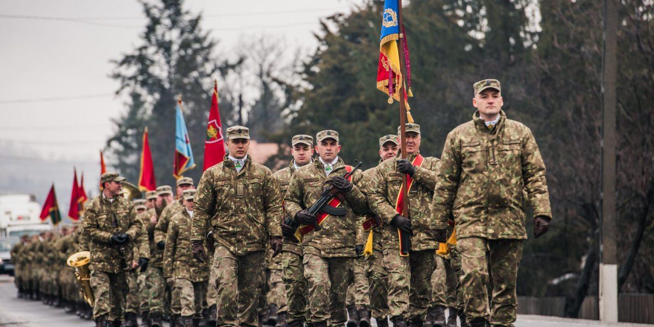 """Batalionul 817 Artilerie """"PETRU RAREȘ"""" sărbătorește 25 de ani de la înfiinţare!"""